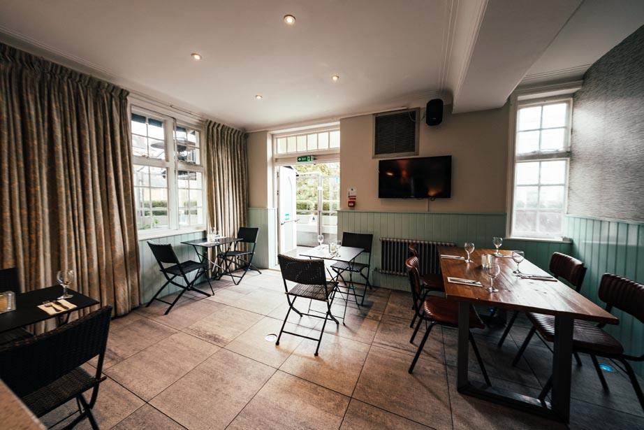 The Chapel Bar - Terrace Room
